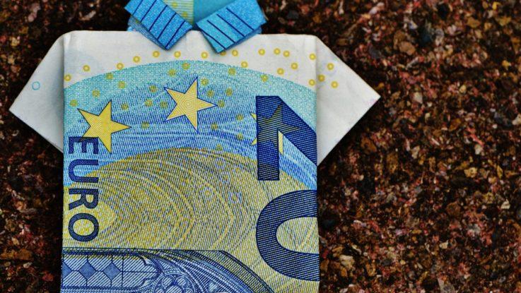 MIR aumenta el salario anual