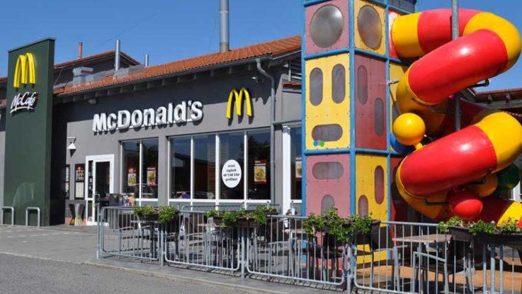 Fachada McDonalds.