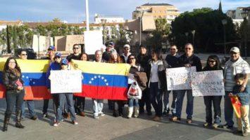 Grupo de venezolanos en el extranjero.