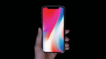 Apple lanza al mercado el Iphone X.
