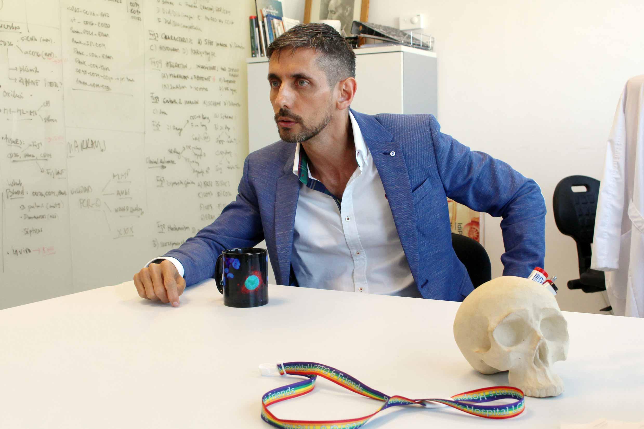 Eduardo López-Collazo nos indica que uno de sus aciertos profesionales fue aceptar una beca de 800 euros.