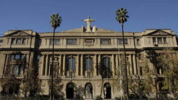 Pontificia Universidad Católica de Chile.