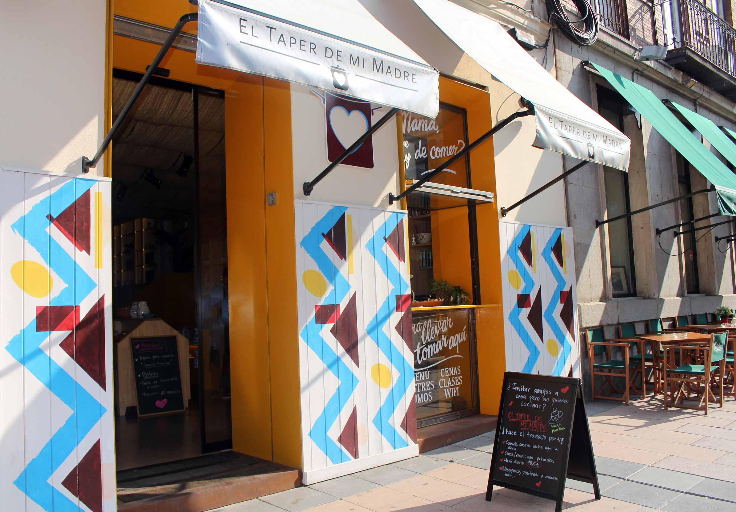 Fachada de la tienda El Taper de mi Madre.