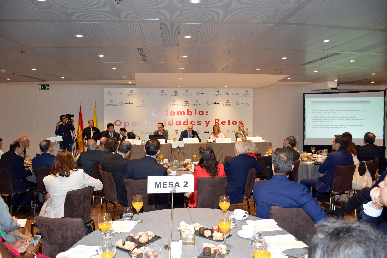 Celebración del 'Desayuno Informativo sobre Colombia: Oportunidades y Retos', que ha organizado el Club Diálogo para la Democracia.
