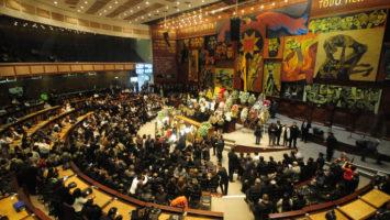 Ecuador trabaja en la formación de sus políticos.