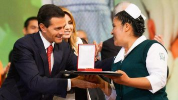 """El sistema de salud público mexicano padece de """"opacidad y negligencia""""."""