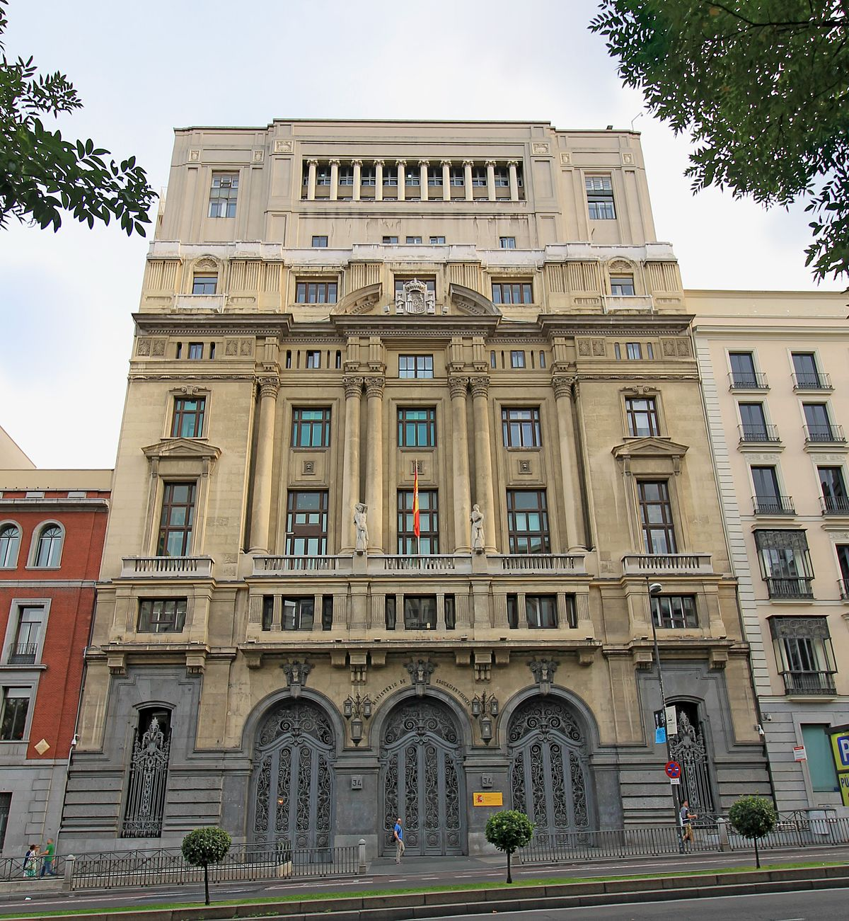 La sede del ministerio de educación.