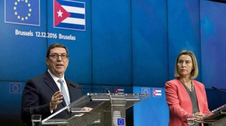 Bruno Rodríguez Parrilla, ministro de Relaciones Exteriores de Cuba, y Federica Mogherini, Alta Representante de Política Exterior y de Seguridad Común de la Unión Europea.