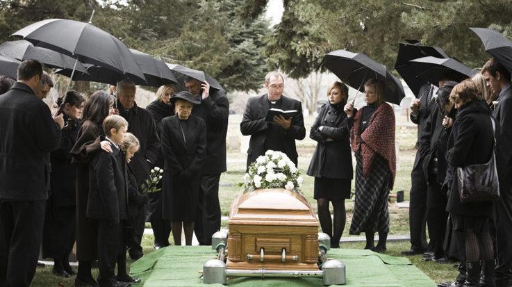 Morir en España resulta rentable si lo evaluamos desde el punto económico.