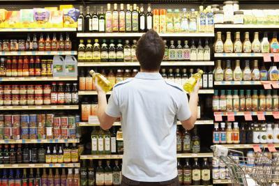 Los hogares de clase baja se inclinan menos por comprar una marca específica.