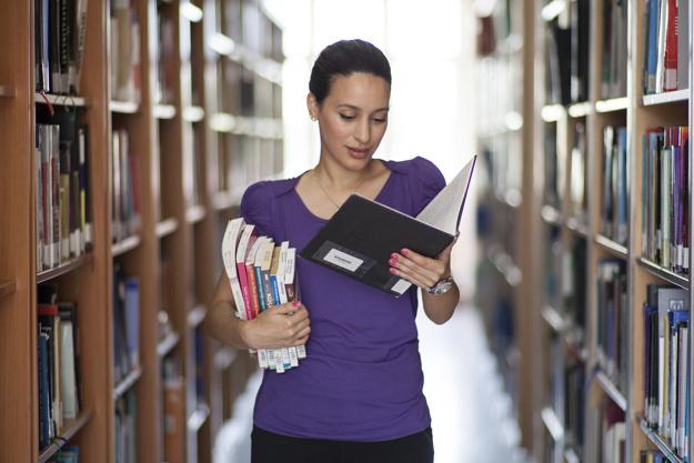 Los aspirantes al MIR con menos plazas son los provenientes de las universidades comunitarias.