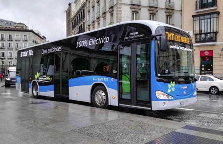 Con la adquisición de autobuses `verdes´ se busca reducir las emisiones de combustibles fósiles.