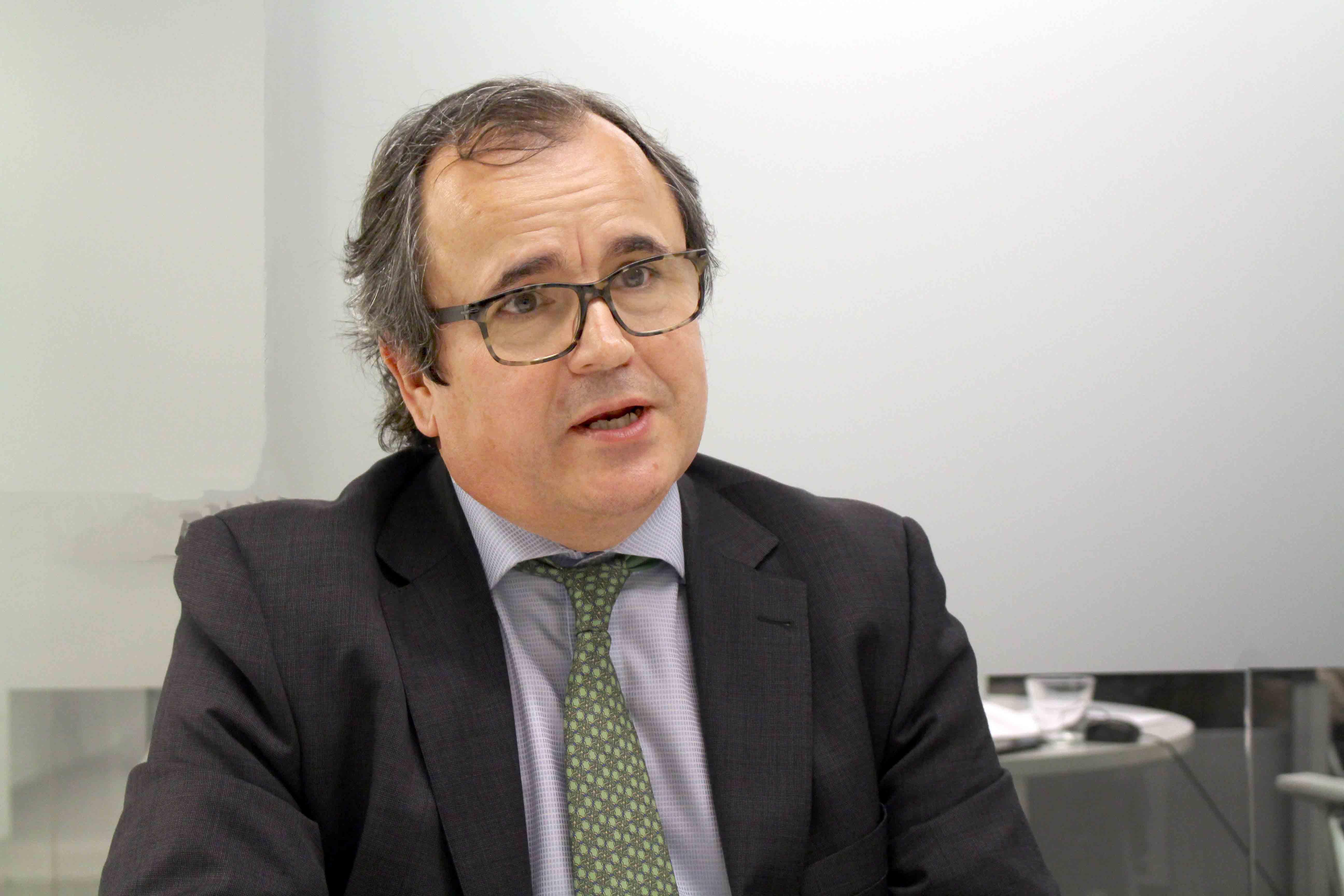 El Banco Sabadell busca candidatos con liderazgo, trabajo en equipo, creatividad y flexibilidad.
