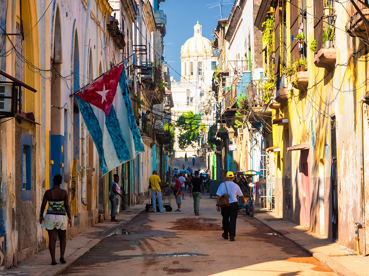 Las exportaciones de España a Cuba van desde bienes de equipo hasta alimentos y bienes de consumo.