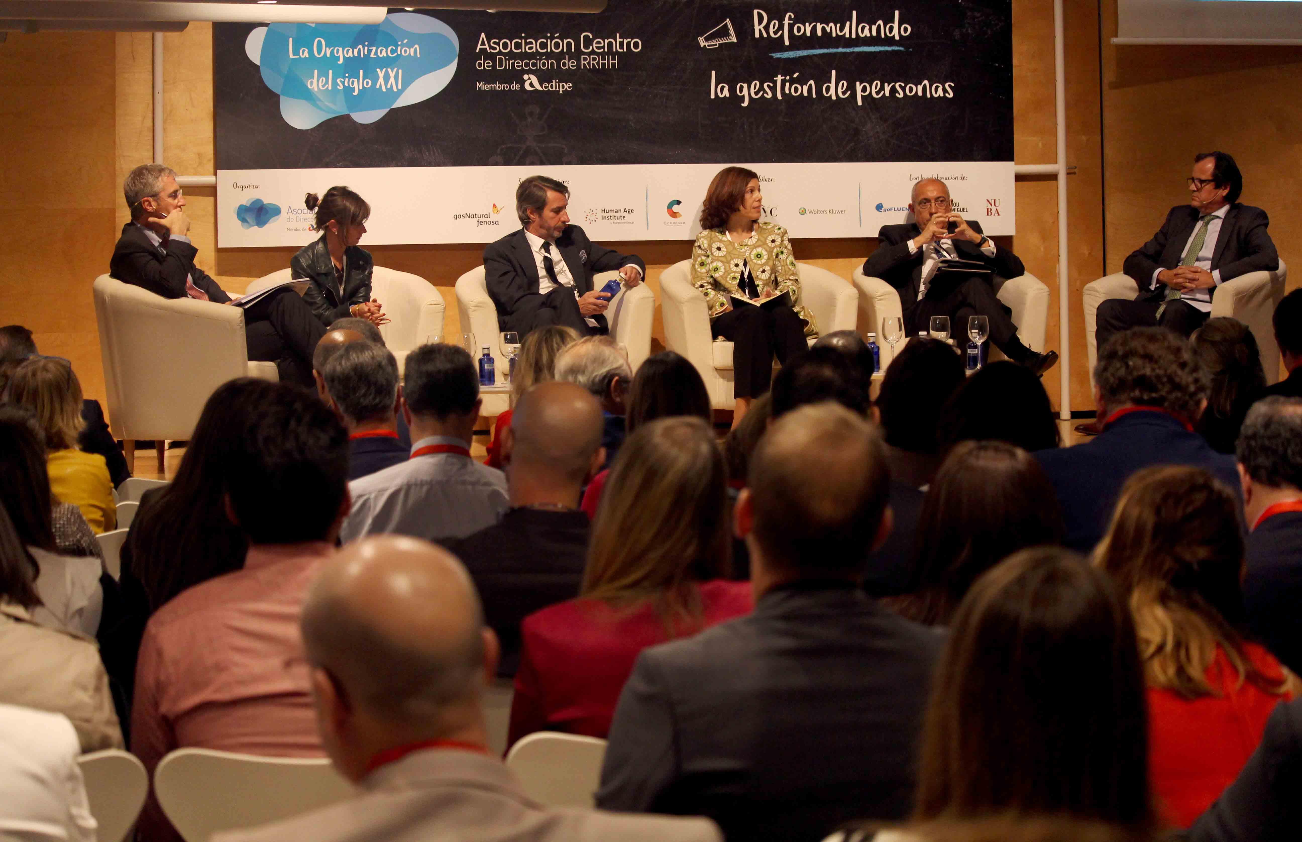 Mercedes Almendro durante su participación en el 'UpdateRRHH'.