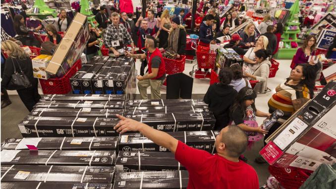 El 'Black Friday' y el puente de diciembre son estimulantes para el consumo navideño.