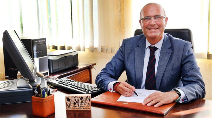 Pablo Lara, vicepresidente de la Conferencia Nacional de Decanos de Facultades de Medicina.