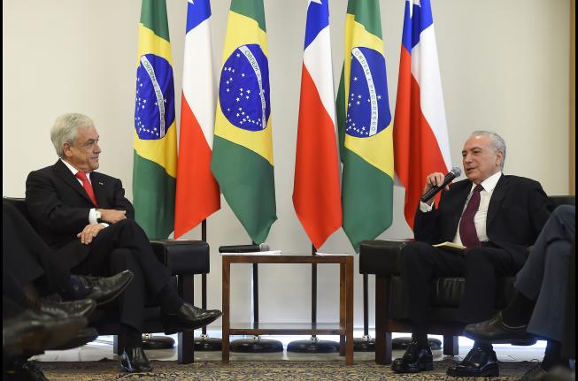 Chile y Brasil destacan que el Acuerdo de Libre Comercio reforzará la integración regional.
