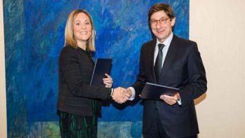 Emma Navarro, vicepresidenta del BEI, y José Ignacio Goirigolzarri, presidente de Bankia.