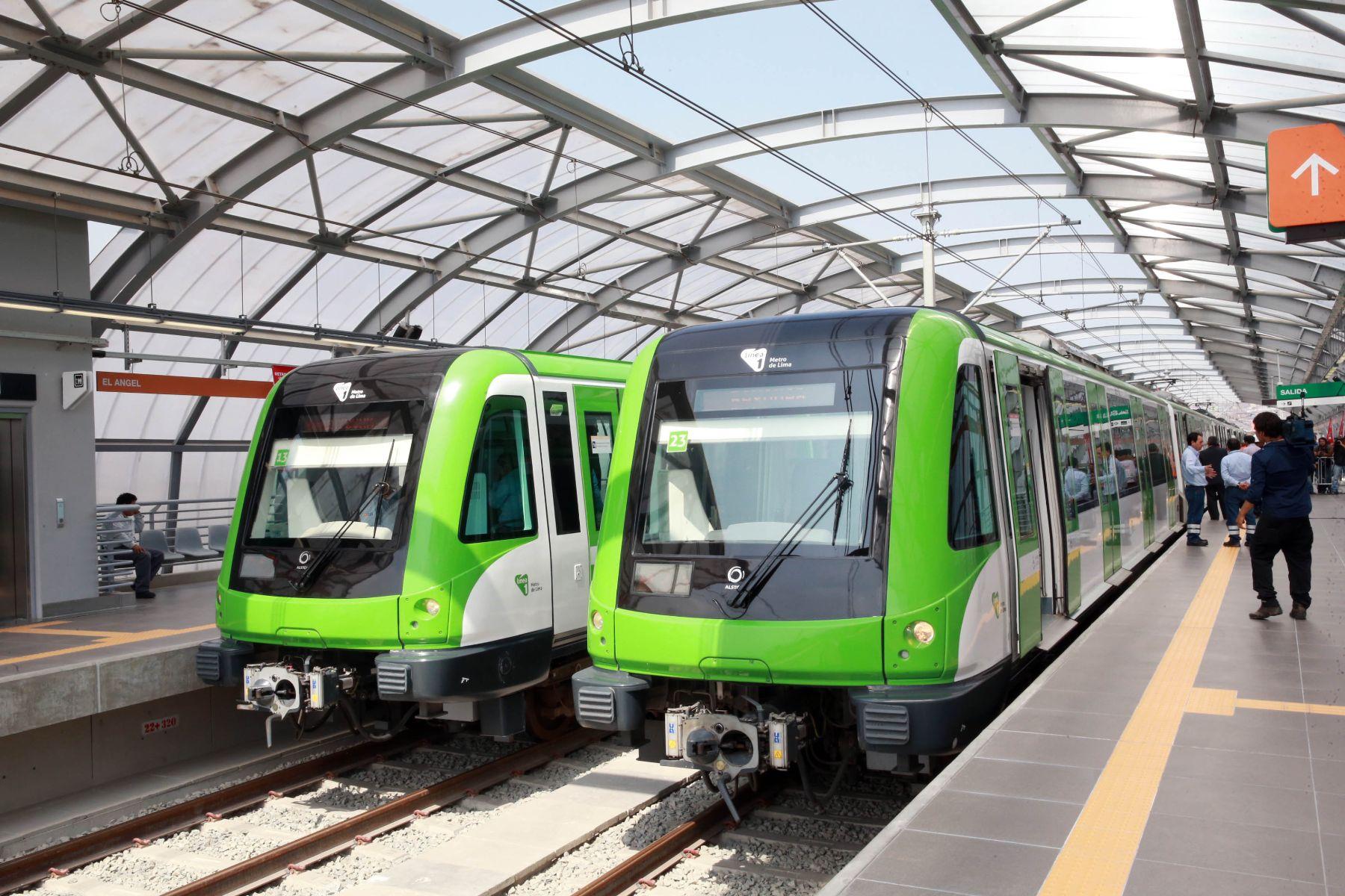 Al incluir más trenes la línea 1 del Metro de Lima aumentará su capacidad de viajeros a 500.000 personas diarias.