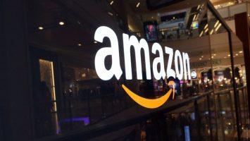 Amazon asegura que los pedidos desde su 'app' aumentaron un 50 por ciento.