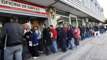 La cifra total de desempleados que presenta el mes de noviembre es de 3.474.281 personas.