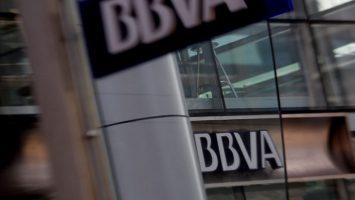 El BBVA venderá por 1.850 millones de euros el 68,19% de su filial en Chile a Scotiabank.