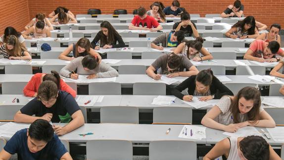 Colombia, Venezuela y Ecuador son los países con el mayor número de candidatos extranjeros admitidos al examen MIR.