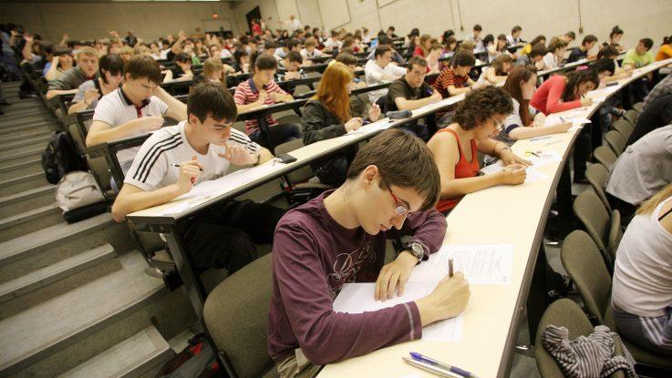 Aspirantes al examen MIR
