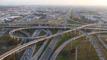El nuevo tramo de la autopista Santiago Los Vilos dispone de unos 15 kilómetros.