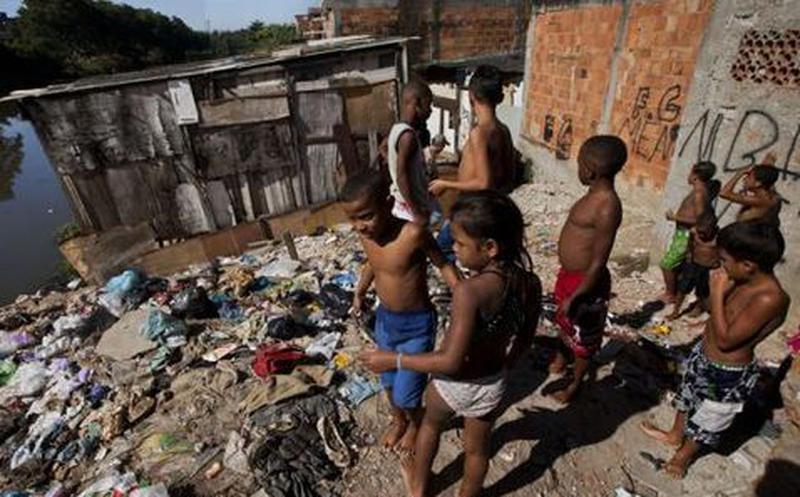El 7,4 por ciento de la población brasilera vive en pobreza extrema.