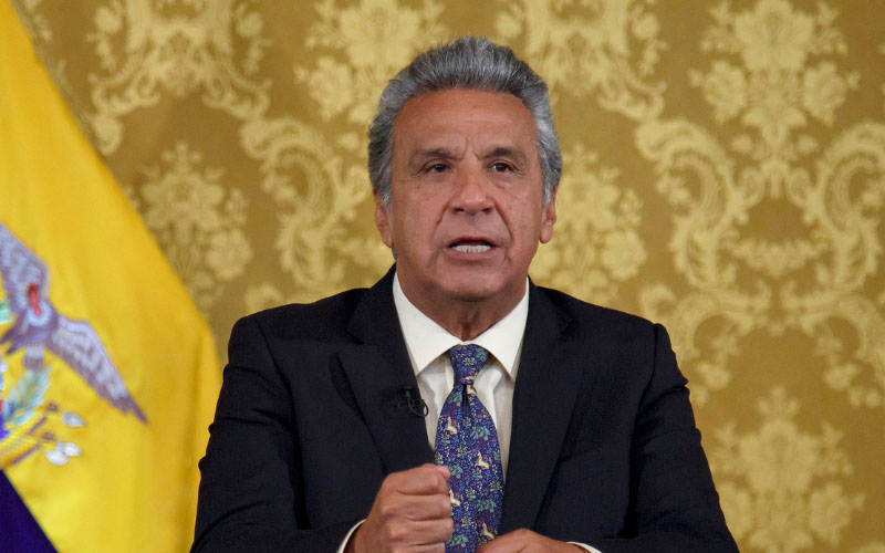 El primer mandatario ecuatoriano busca facilitar el acceso de sus ciudadanos al territorio europeo.