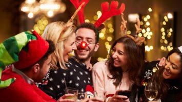 Los españoles son los europeos que más gastan en Navidad, unos 633 euros por familia.