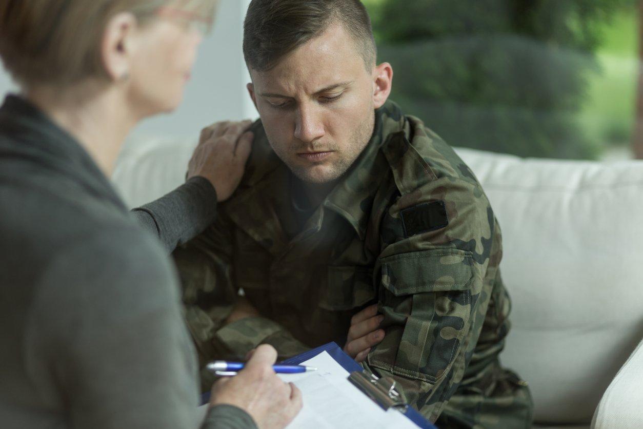 Una de las condiciones para ser aspirantes a psicólogo militar es tener la nacionalidad española y una edad inferior a los 31 años.