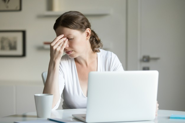 Practicar técnicas de respiración y relajación ayudarán a los aspirantes a calmar las primeras señales de estrés por el examen MIR.