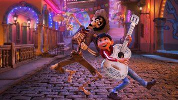 La película 'Coco' dispara la venta de guitarras clásicas en el pueblo mexicano de Paracho.