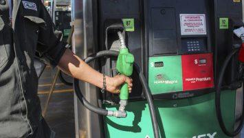 Venezuela registra el precio de gasolina más bajo, con sólo céntimos de dólar por litro.