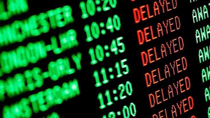 Suspenden vuelos desde y hacia el Reino Unido