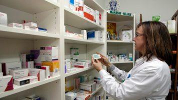 La nueva farmacia ayudará a una población de 12.000 habitantes con altos niveles de pobreza.