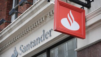 América contribuye con el 48 por ciento del beneficio ordinario del Banco Santander.