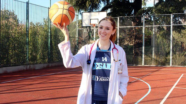 Marta Pérez, jugadora del Club Baloncesto Leganés y estudiante de Medicina.