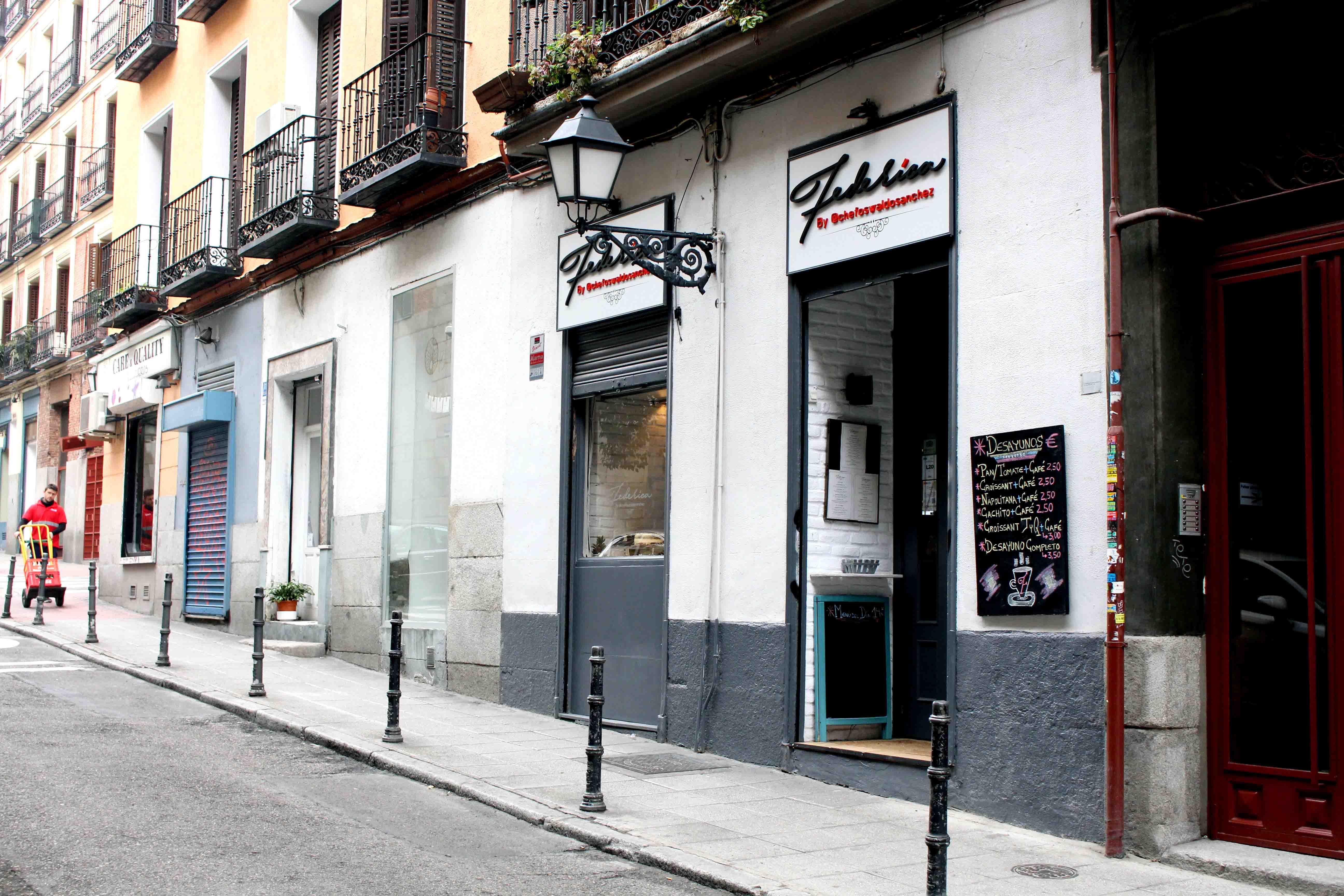 Oswaldo Sánchez estima abrir un segundo restaurante en Madrid cuando Federica cumpla su primer año.