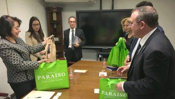 Los representantes de México y Asturias durante el encuentro de presentación del modelo turístico de la autonomía española