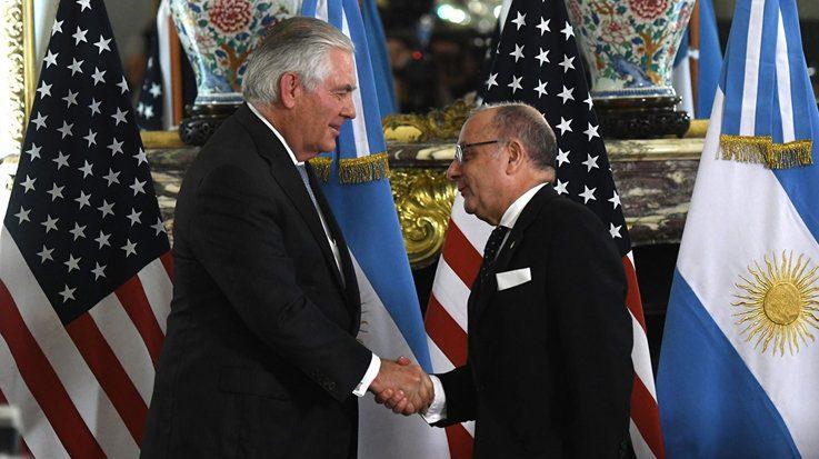 Rex Tillerson, secretario de Estado de Estados Unidos, y Jorge Faurie, canciller de Argentina.