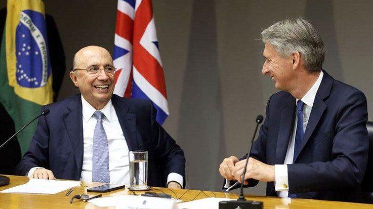 Henrique Meirelles, ministro de Economía y Hacienda de Brasil, y Philip Hammond, ministro de Hacienda del Reino Unido.