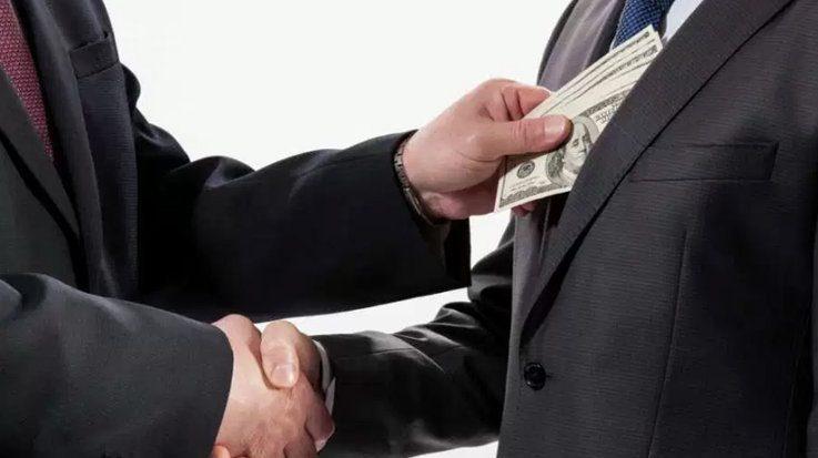 Los países latinoamericanos que destacan con menor nivel de corrupción son Uruguay y Chile.