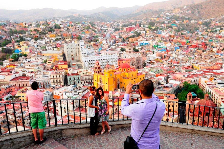 El turismo mexicano registró un crecimiento del 10,9 por ciento, más del doble que otras potencias turísticas en 2017.