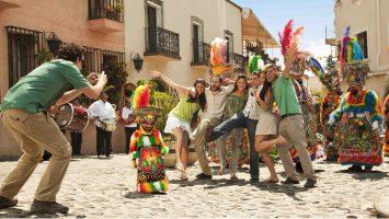 La visita de turistas generó unos 21.300 millones de dólares en México durante 2017.