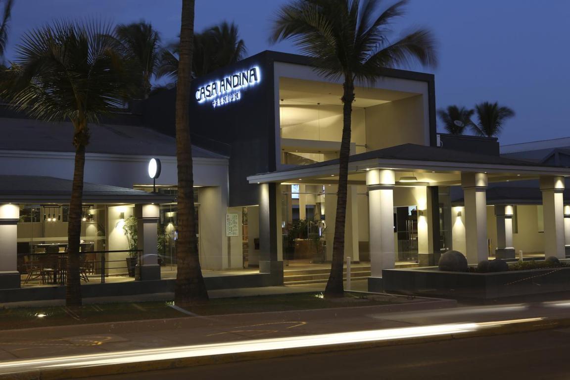 La cadena cuenta con hoteles en las ciudades de Lima, Cuzco, Arequipa o Piura.
