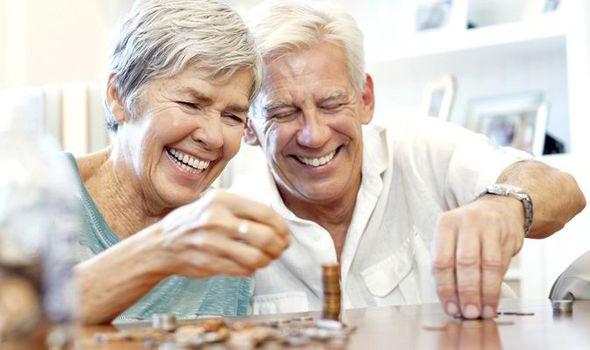 Rajoy afirma que concentrará las ayudas fiscales en el IRPF para pensionistas y familias.